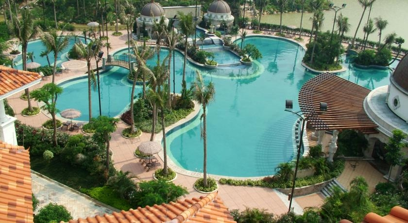1778-Outdoor-Swimming-Pool-2