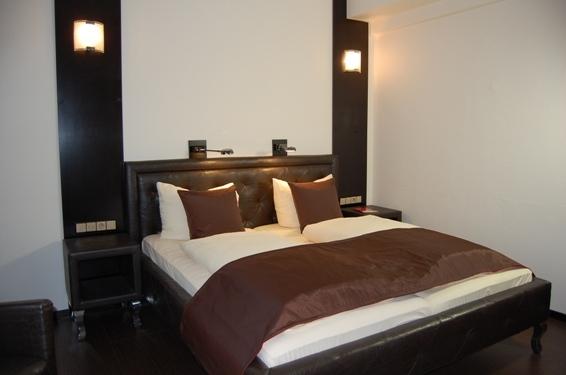 2674-Guest-Room-4