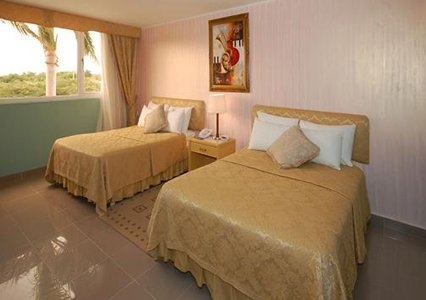 4752-Guest-Room-3